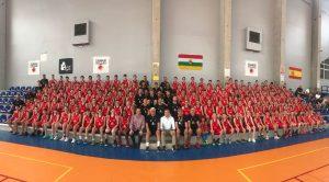Participantes en el Turno 1 del Campus de Baloncesto Rafael Jofresa
